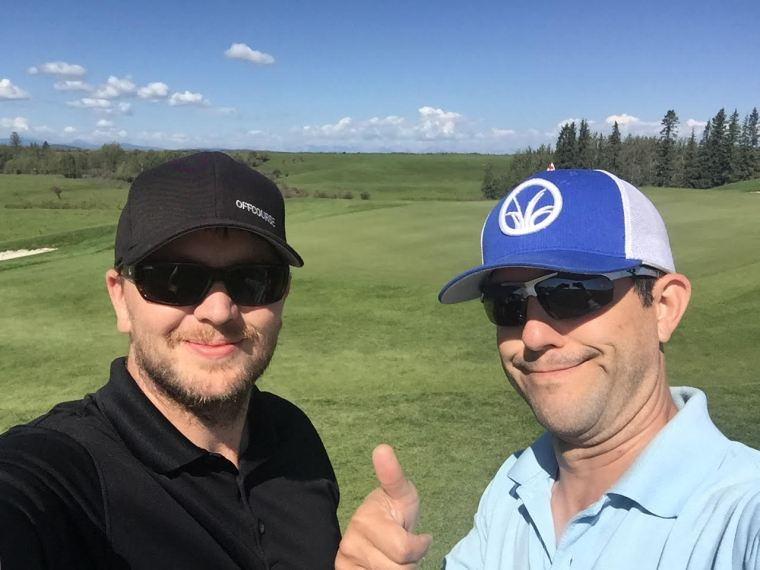 josh-roger-offcourse-golf